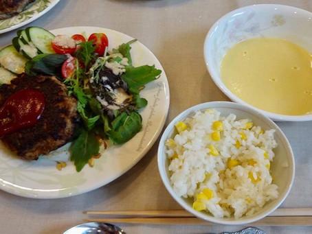 【ベジッポキッチン】9月は本格ハンバーグと グルテンフリーのお野菜ポタージュ♪