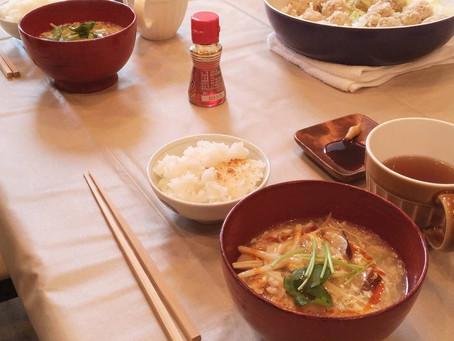 【ベジッポキッチン】10月はフライパンで作るシュウマイ風肉団子と秋のサンラータンスープ