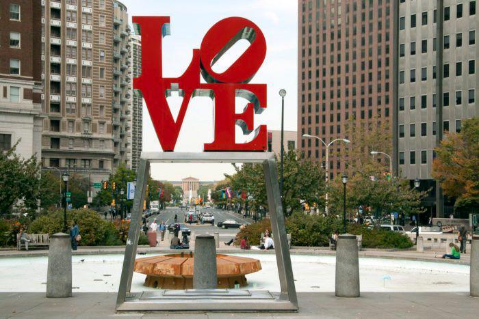 PhiladelphiaThe Love Statue 2.jpg