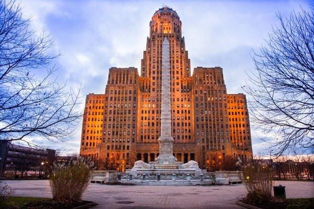 Buffalobuffalo-city hall.jpg