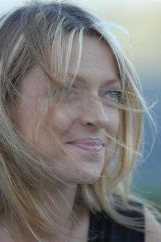 Susanna Dubaz1.jpg