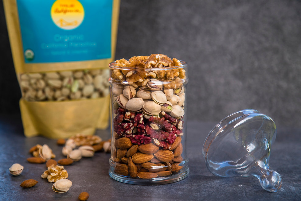 Lifestyle True California-4 stacked nuts