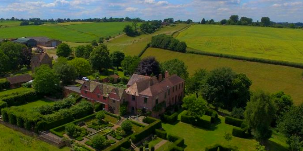 LUXURY YOGA RETREAT IN THE COTSWOLDS