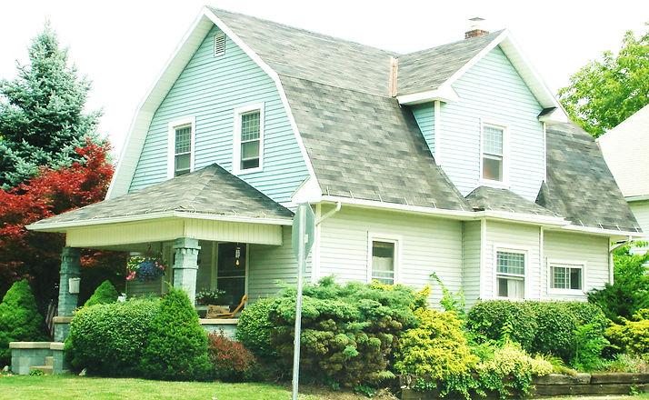 Dutch_Colonial_Revival_Bungalow_in_Marysville_Ohio.jpg