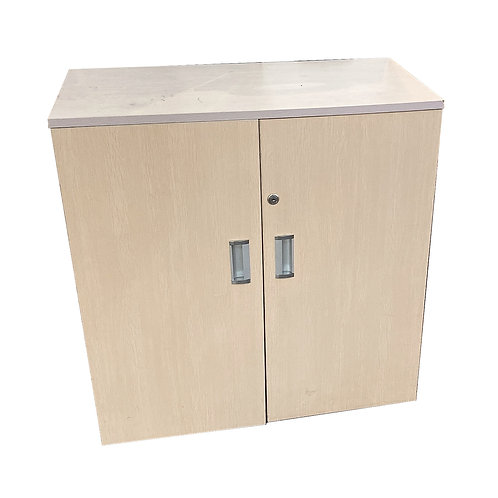 Maple Wooden Swing Door Cabinet