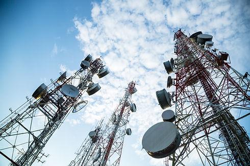 Telecommunication mast TV antennas wirel
