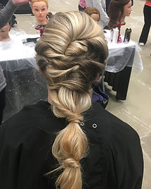 Brianna created this gorgeous Upstyle! #