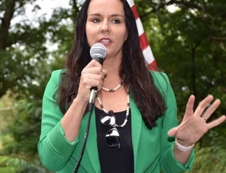 Candidate Highlight: Illinois' 10th Congressional District