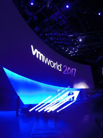 VM World Scenic: stage  Jack Morton Worldwide; Peter Crawford – Designer: Rick Voight - TD