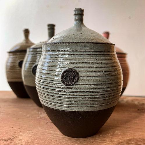 Small textured lidded pots