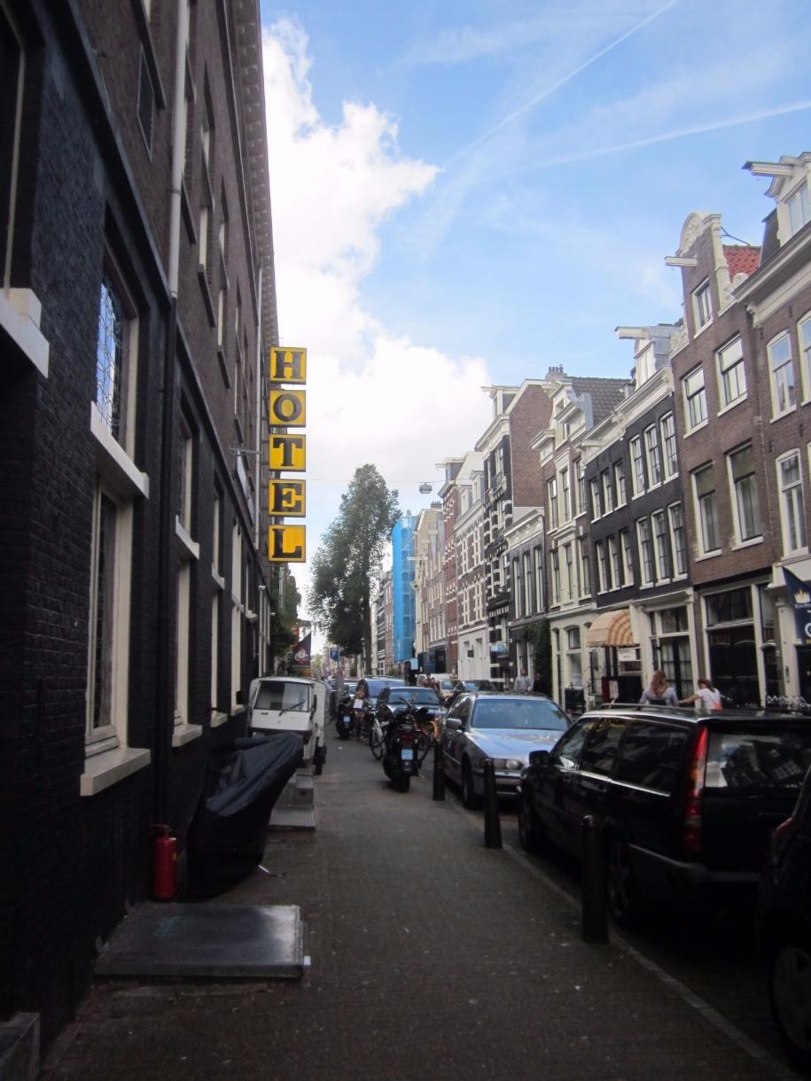 Hotel sign outside Hans Brinker Hostel