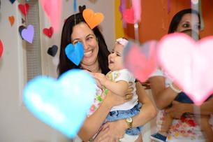 Colo com Amor - A abordagem Brasileira para carregamento de bebês no pano