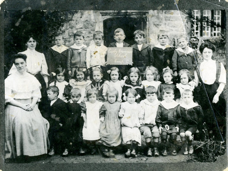Old Photos of School Children - End of 19th Century