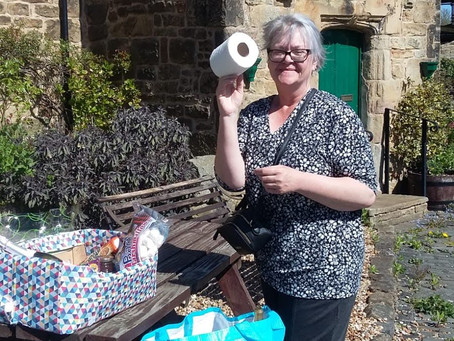 Lucky Hamper Winner and Beautiful Garden Photos by Margaret Brown - April 2020