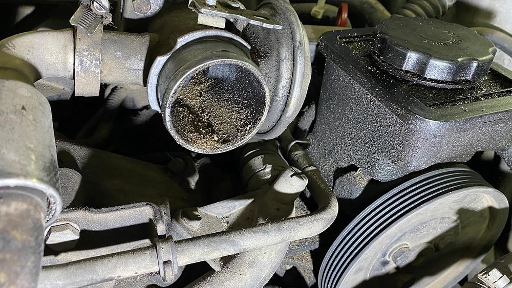 Песок в дроссельной заслонке BMW E46 2.0d