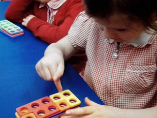 Colour mixing and numicon number bonds