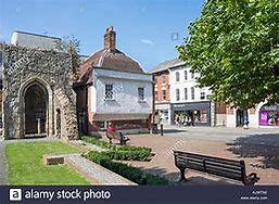 Chapel of Becket.jpg