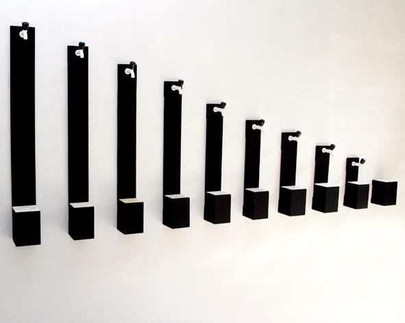 Vitória Barros - Bebedouro, 2006. Instalação