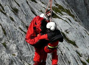 rescue-helpers-60030_1280_edited.jpg