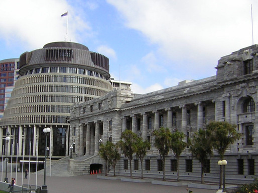 PharmaCann's analysis of the Government and Opposition medicinal cannabis bills
