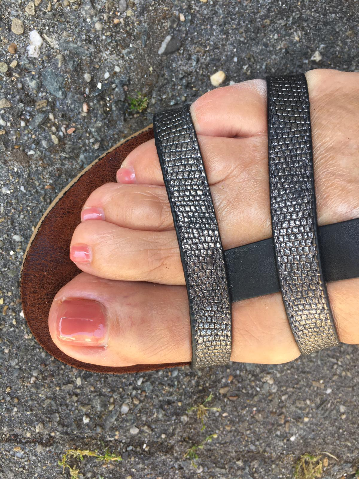Ambulante pedicure - Nude teen gellak
