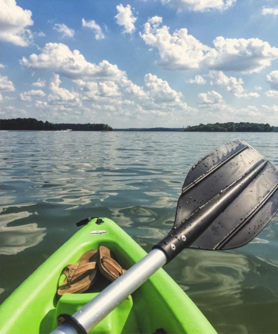 Kayak/Paddle Board on the Lake