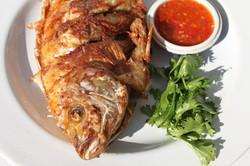 fried-fish-and-chili-sauce-960x640.jpg
