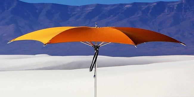 tuuci-crescent-parasol-3.jpg