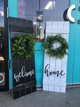 Shutter Wreath Faux Shiplap