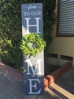 Home Wreath Porch