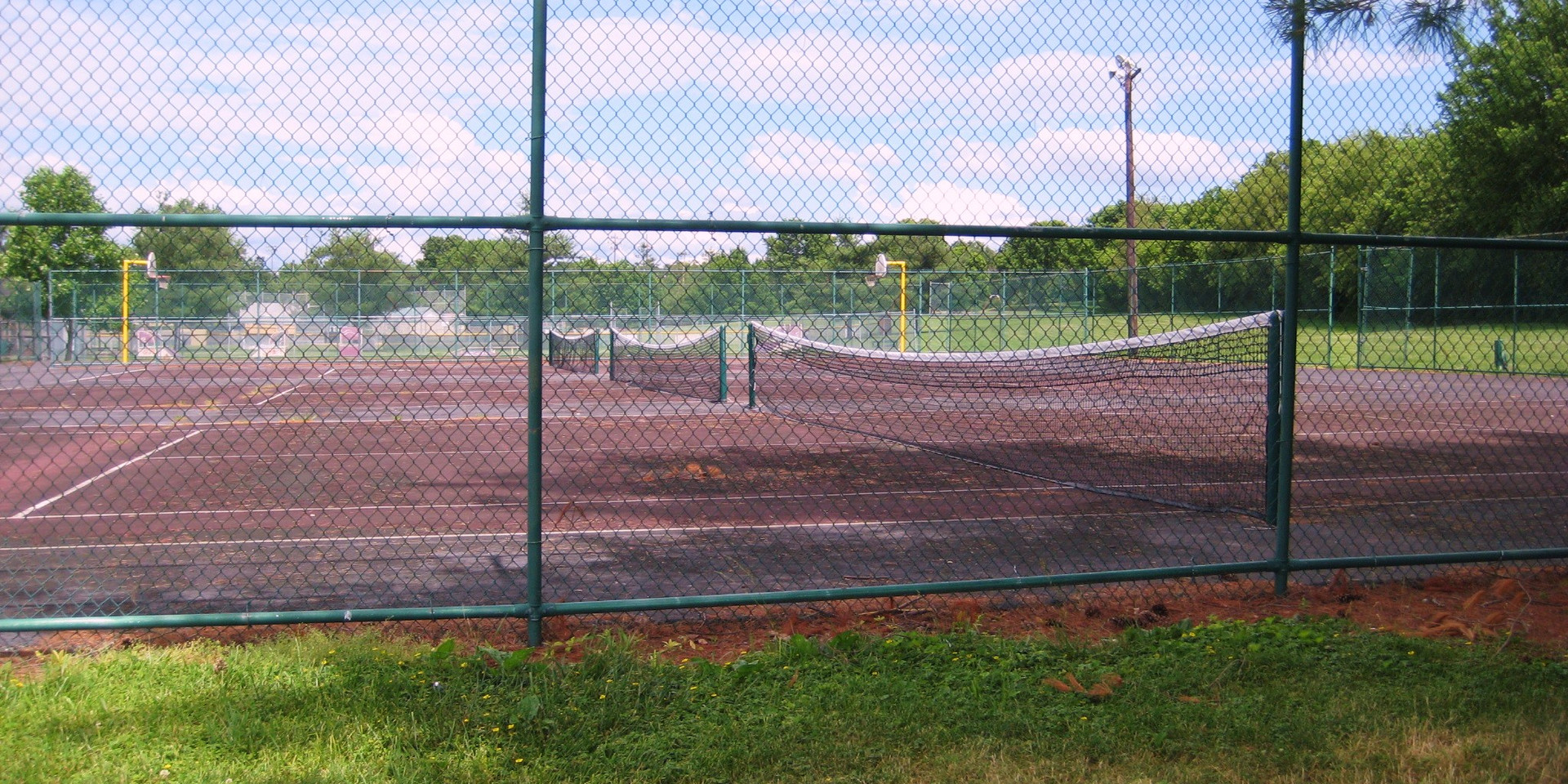 Lykins Tennis Courts.JPG