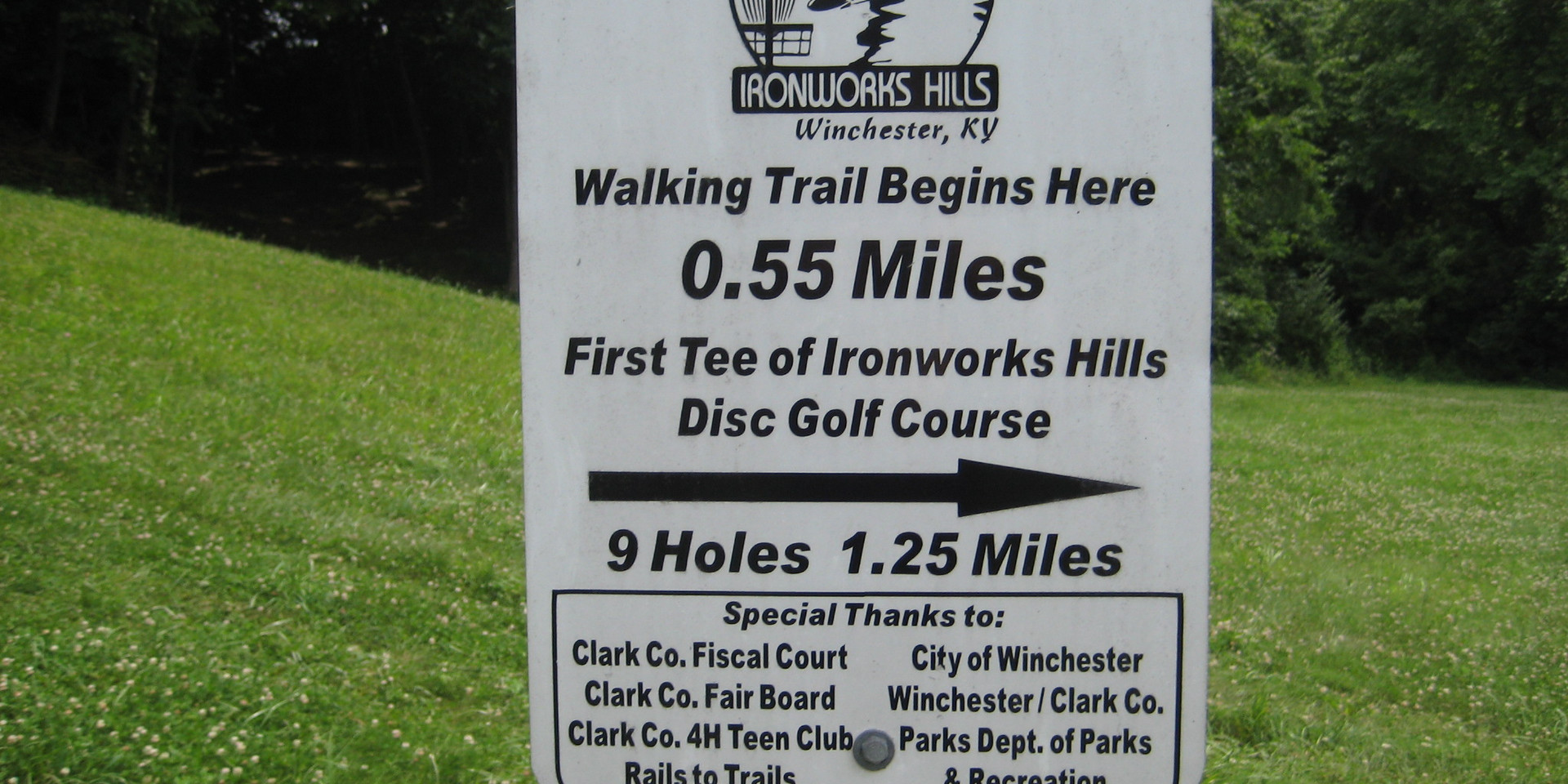 Disc Golf Course SIGN.JPG