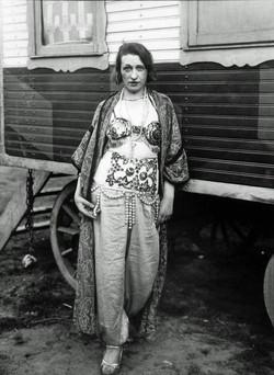 Circus Artist by August Sander 1926