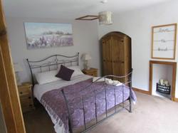 Kingsize bedroom