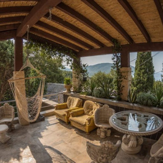 Montenegro-hammock-relaxation