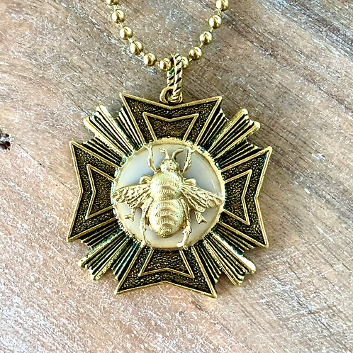 Bee Love Medallion Necklace