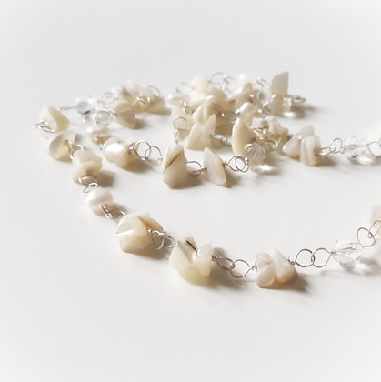 Long Necklace With Mother Of Pearl