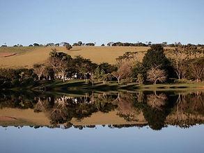 Fazenda Lageado vista do lago.