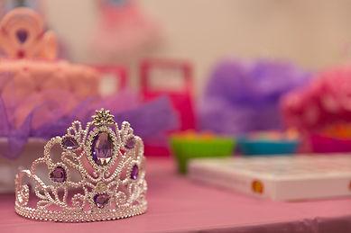 crown-2526570_960_720.jpg