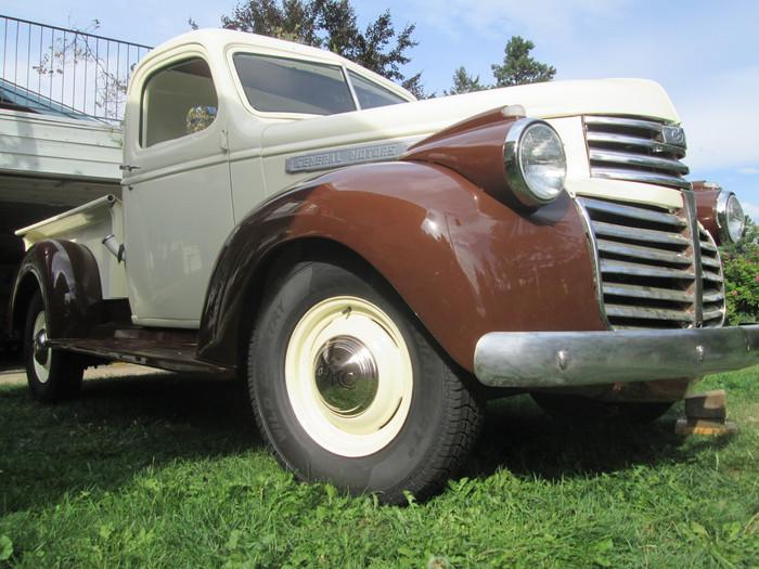 1946 GMC step side pick up restoration.