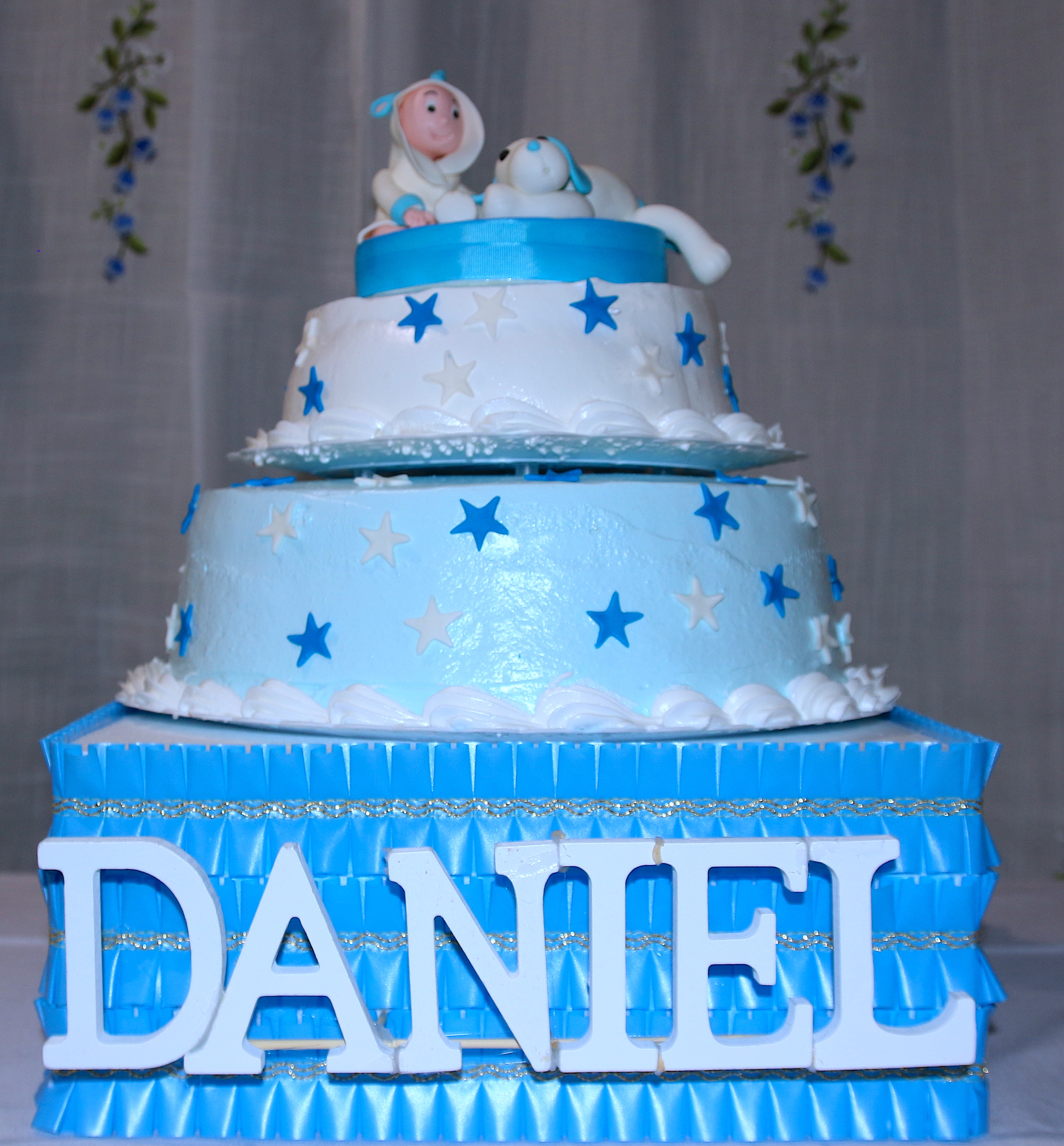 PHOTOVIU.COM:DANIEL00075