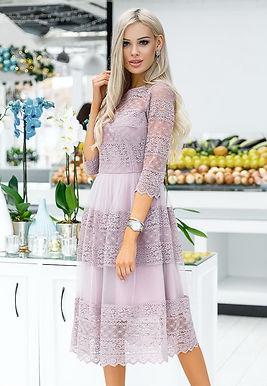 Романтичное кружевное платье