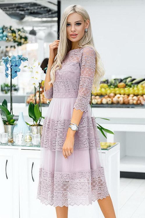Лавандовое платье с рукавами