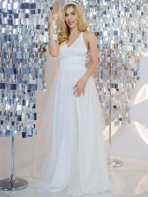 Невесомое свадебное платье