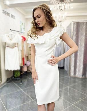 Платье-футляр Эфелита (белый)