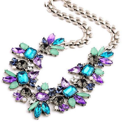 Ожерелье на цепочке