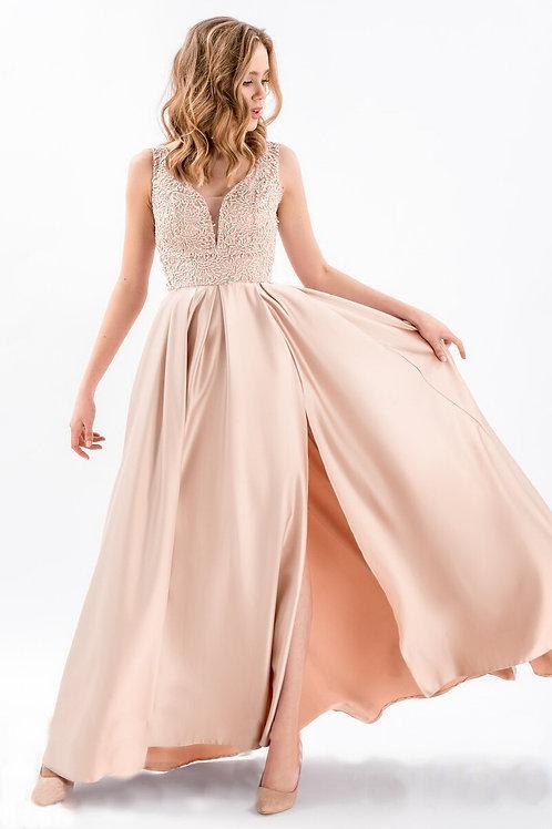Выпускное платье с разрезом