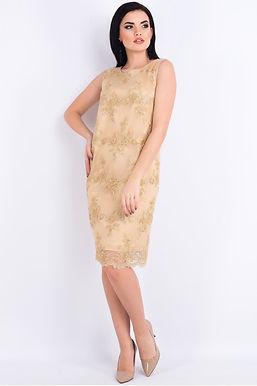 Золотое платье прямого кроя