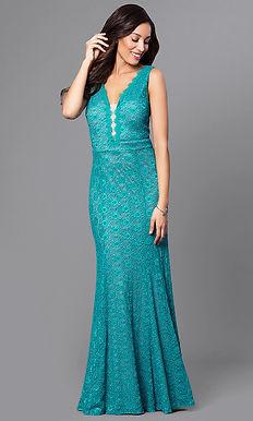 Кружевное платье в пол