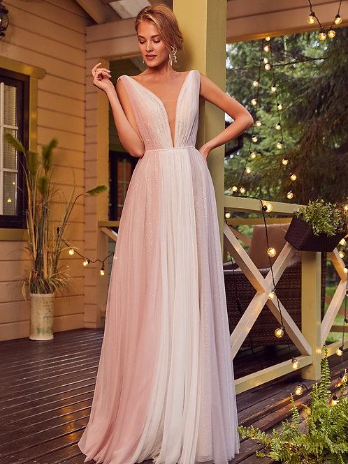 Лаконичное платье Lazera в Dress Parad